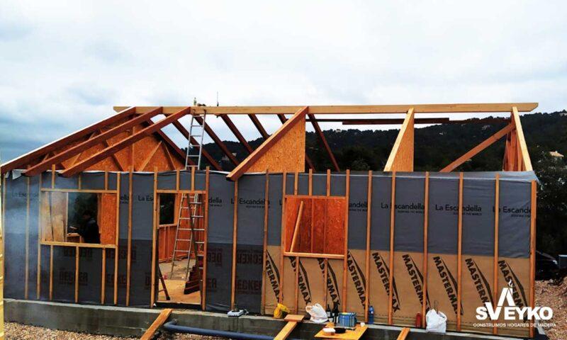 construccion-cuebierta-casa-madera