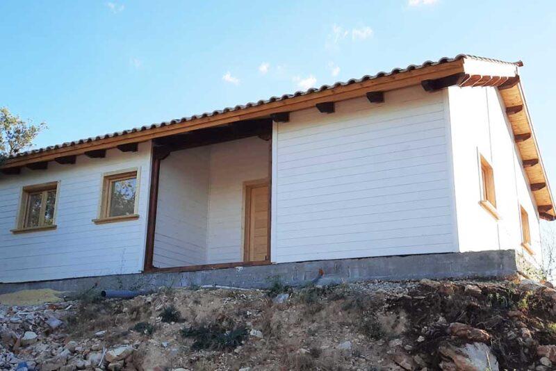 casa-madera-blanca