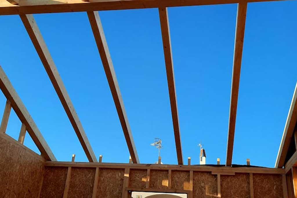 vigas-tejado-casa-madera-menorca